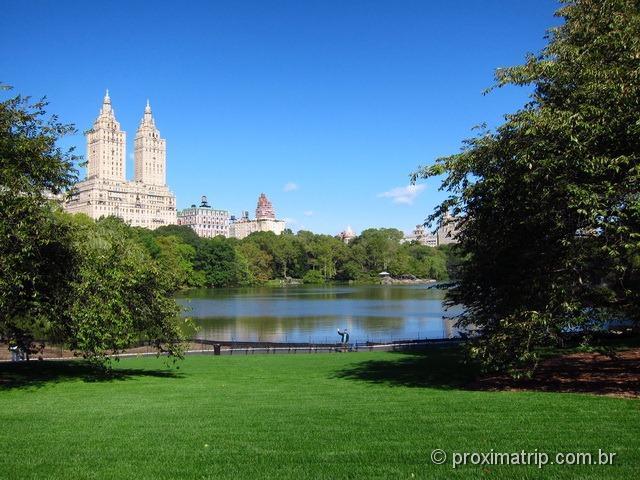 Passeio a pé em Nova York: lago do central park