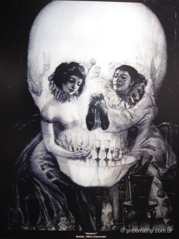O que você vê nessa foto ... uma caveira, um casal jantando ou os dois ? Museu de ciências de Boston