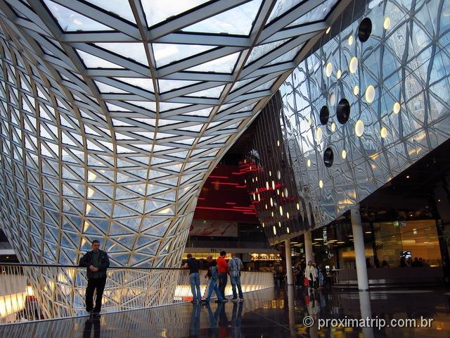Shopping My Zeil - design futurista - foto interior