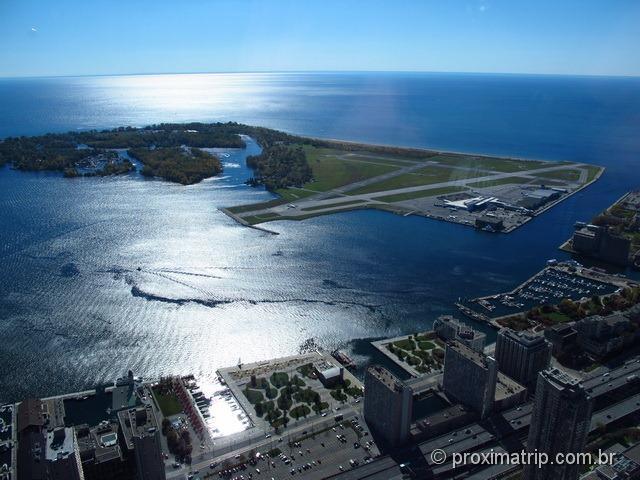 Vista do lago Ontario - andar mais alto da CN Tower