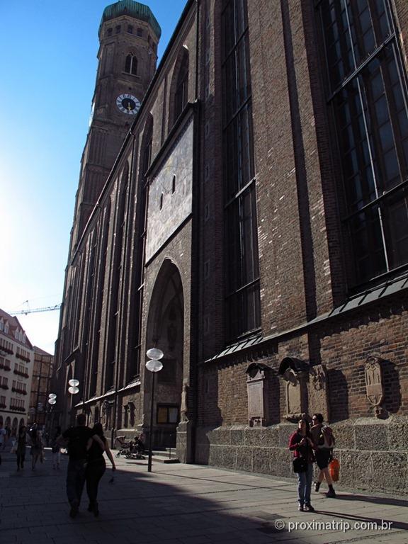 lateral da Frauenkirche - Munique