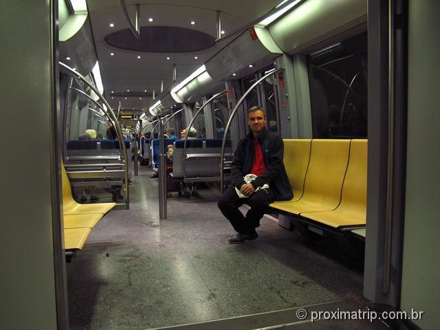 por dentro do metro de Munique (linha U3): limpo, vazio, civilizado - tudo de bom