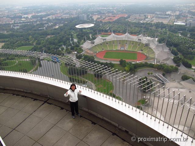 Estádio olímpico, visto da Torre do parque olímpico de Munique