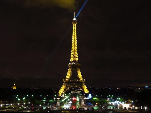 Torre Eiffel à noite, fotografada do trocadero - foto 3