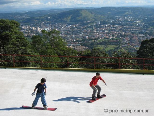 Um dia no Ski Mountain Park em São Roque - SP
