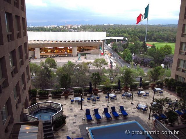 Vista do Auditório Nacional dos corredores do Hotel JW Marriot Cidade do México