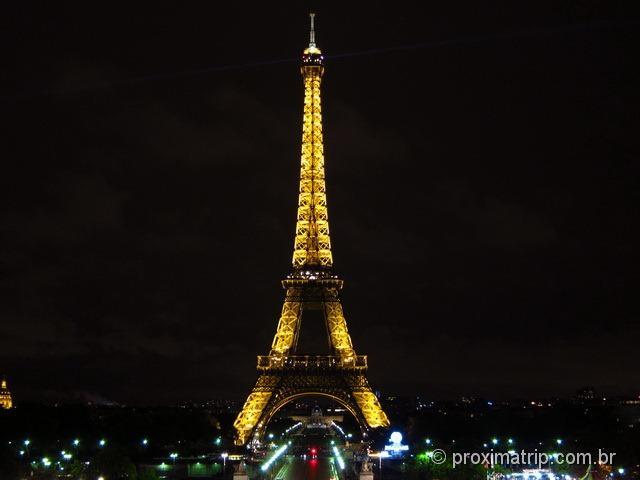 Torre Eiffel à noite, fotografada do trocadero - foto 1