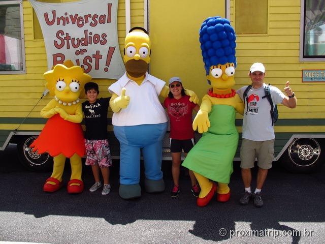 Foto com família Simpson - Parque Universal Studios em Orlando