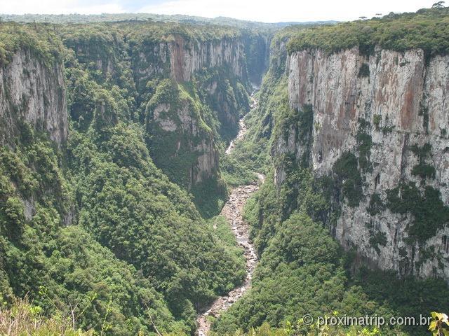 Canoins no Parque Nacional Aparados da Serra