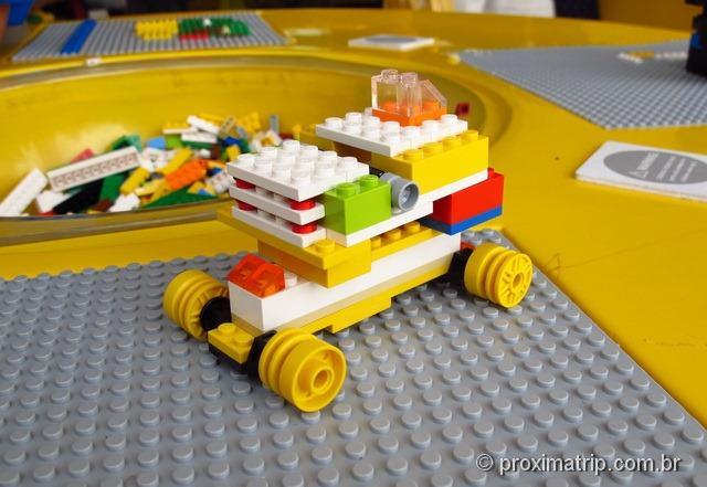 carrinho feito na loja da Lego - Downtown Disney Orlando