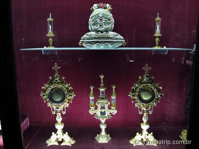 coleção de ossos dos reis e seus parentes - Residenz - Munique