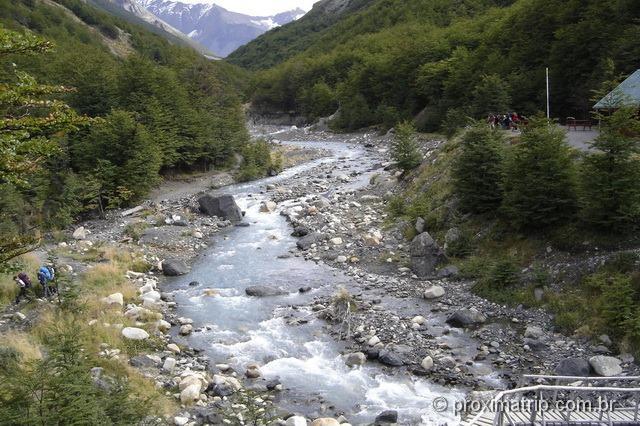 trilha do Mirador de Las Torres - trecho do albergue y camping chileno - Torres del Paine