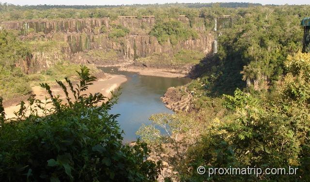 Foz do Iguaçu - cataratas sem água em julho!