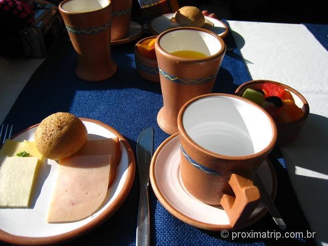 café da manhã servido no trem vistadome, que leva a Machu Picchu