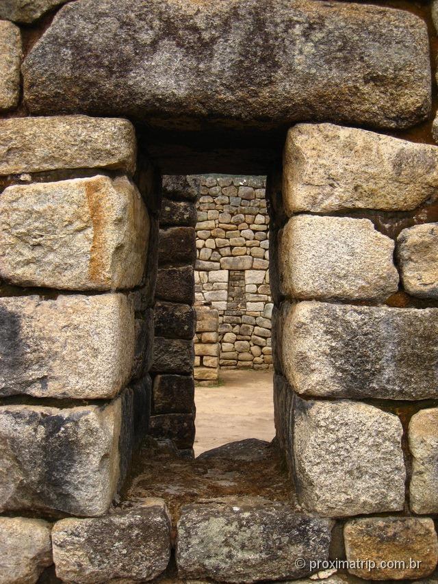 Machu Picchu - detalhe de colocação das pedras nas janelas