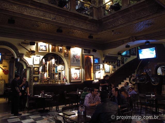 Interior do Hard Rock Cafe Cidade do México