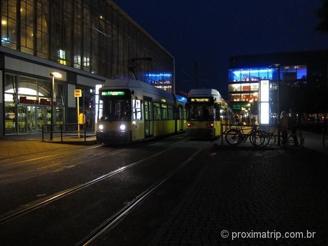 Alexanderplatz a noite