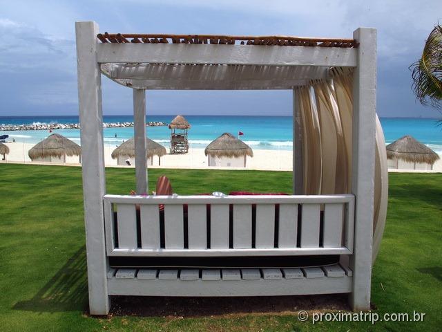 camas de praia do hotel Hyatt Regency Cancun - impossível não relaxar!