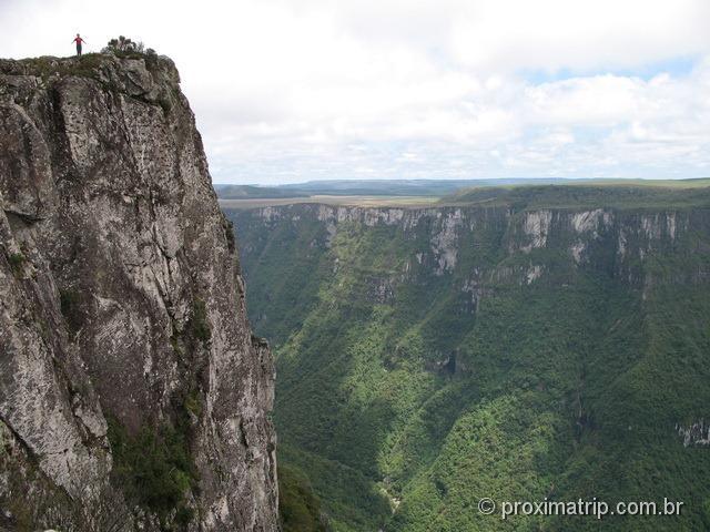 Penhasco no Canion Fortaleza - Parque Nacional da Serra Geral - RS