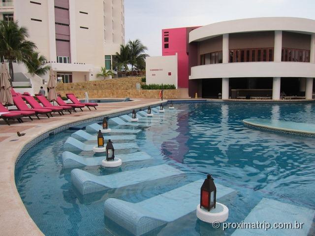 piscina do hotel Hyatt Regency Cancun