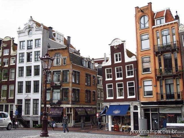 quer ver prédio torto vai correndo para Amsterdam!