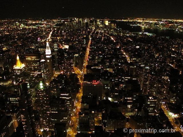 Empire State Building: vista noturna de Nova York