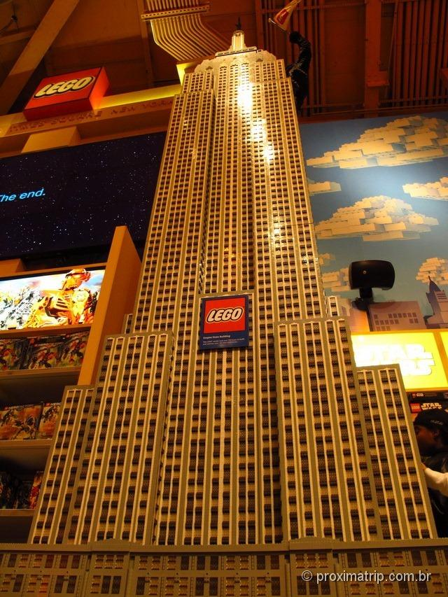 Empire State Building de Lego - Toys R Us na Times Square - Nova York