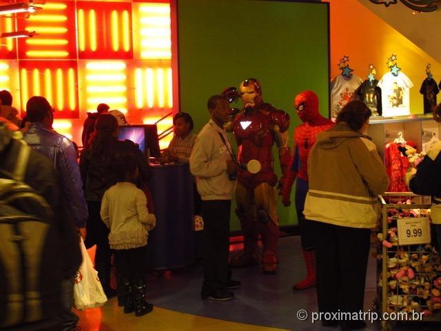 Ironman - Toys R Us na Times Square - Nova York