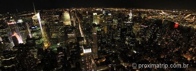 Empire State Building: vista panoramica noturna de Nova York