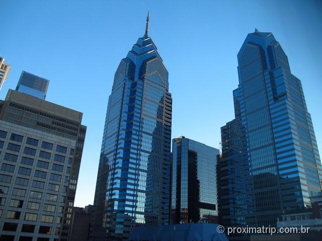 Philadelphia e seus arranha céus modernos e imponentes