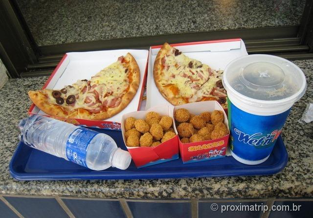 A Pizza do Wet'n Wild - Itupeva