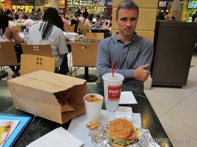 Hamburguer do Five Guys - shopping Aventura Mall - Miami
