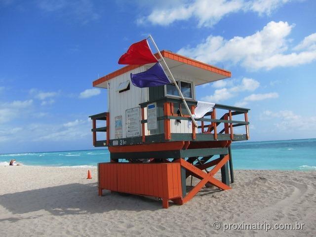 Os clássicos postos de salva-vidas em Miami south beach