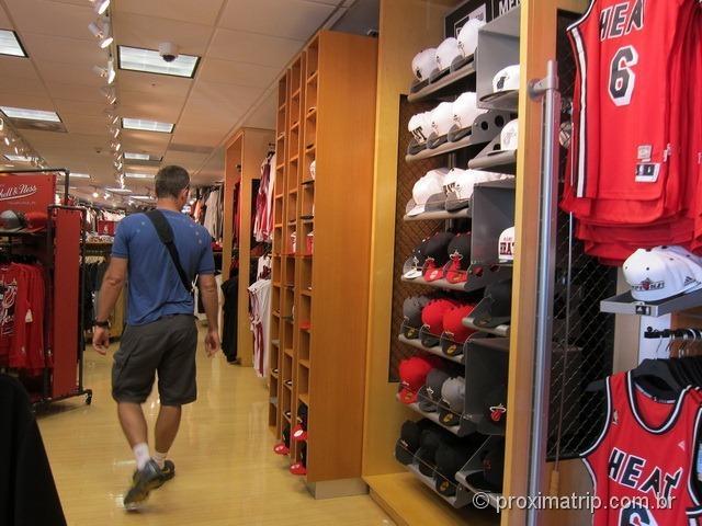 Interior da Loja do Miami Heat