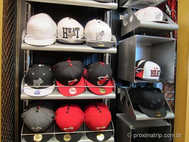 Loja do Miami Heat - Bonés