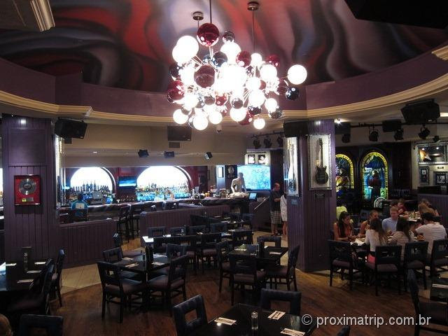 Interior do Hard Rock Café Miami