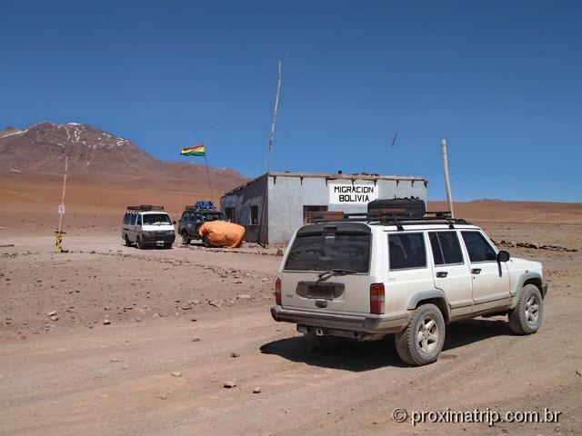 Posto de controle de imigração na fronteira Chile - Bolívia