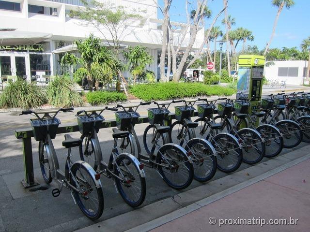 Estação DECOBIKE Shake Shack aluguel bicicletas Miami