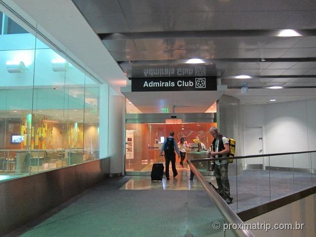Portão de entrada da sala VIP Admirals Club (portão D15) no Aeroporto internacional de Miami - MIA