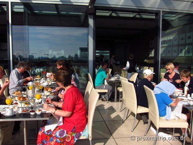 Parlamento Alemão Reichstag café manhã Käfer