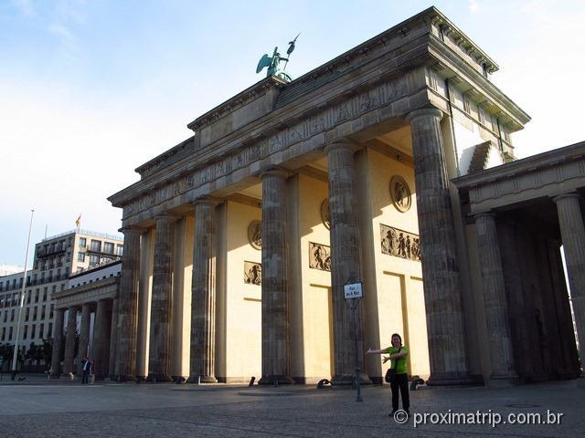 O Portão de Brandemburgo (Brandenburger Tor) hoje!