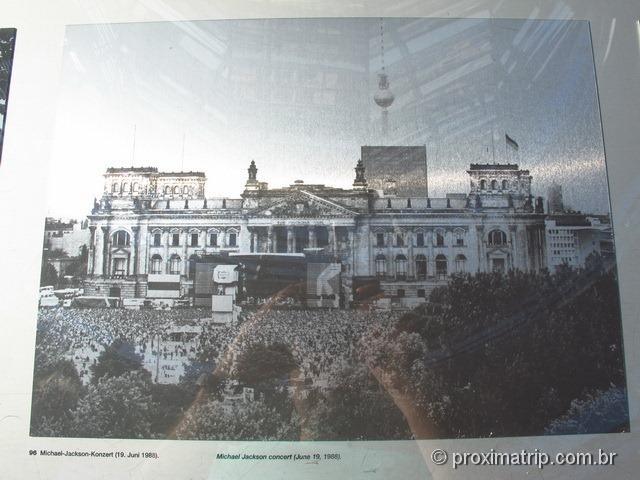 Show do Michael Jackson em frente ao Reichstag - Berlim