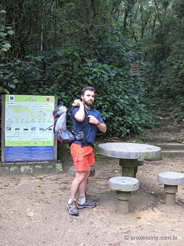 Aqui começa a trilha do Pico da Tijuca