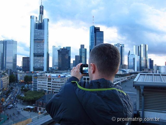 Terraço com vista da cidade de Frankfurt no Zeil Galerie