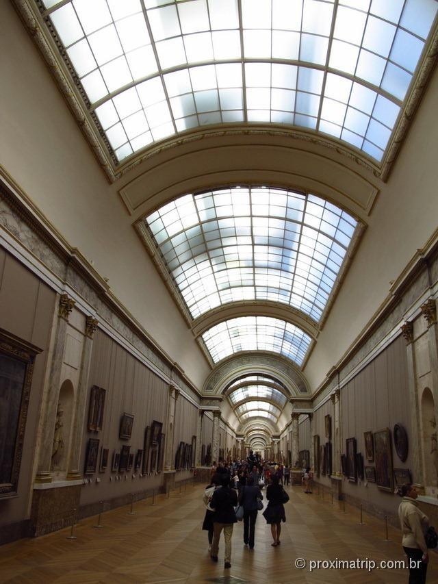 Museu do Louvre por dentro - Paris