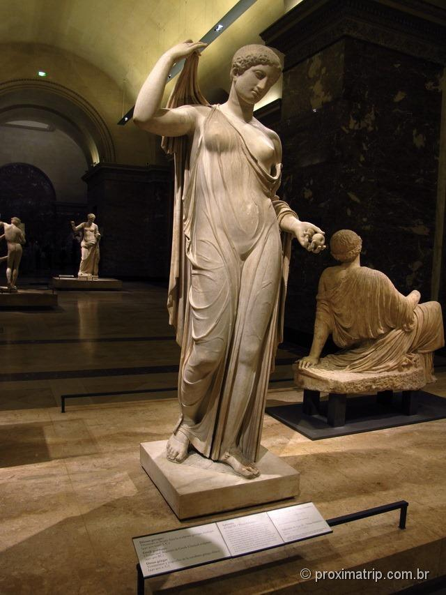 Esculturas gregas no Museu do Louvre - Paris
