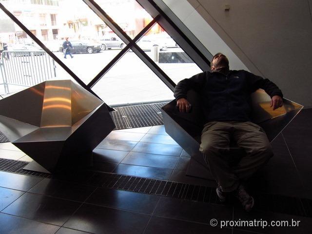 Cadeiras descanso ROM Royal Ontario Museum