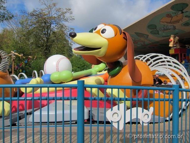 Disney Paris - mini montanha russa do Toy Story para crianças