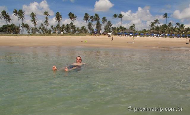 """Praia do Hotel Village, em Porto de Galinhas - Na maré baixa, formam-se """"piscinas naturais"""""""