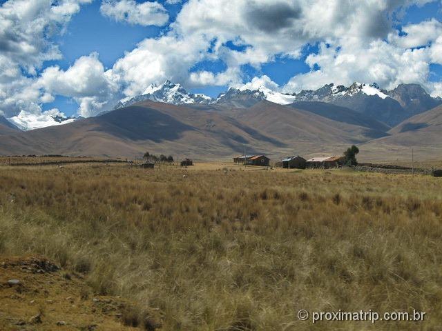 Bela paisagem vista no Tour às Ruínas de Chavin de Huantar (Série Peru Desconhecido)
